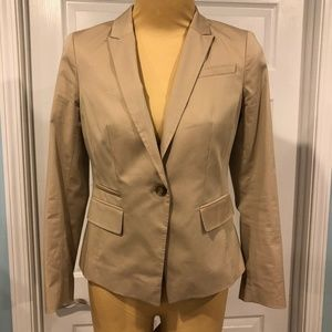 Ann Taylor Petite Jacket in Women's size 6 Petite